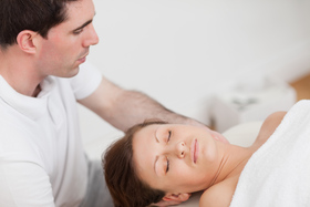 Male massaging neck article