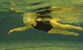 Johanna derry swims using 010 article