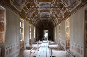 Vistaterra frescoes  article