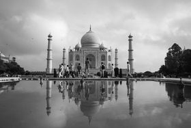 In agr201308142296 taj mahal monochrome article