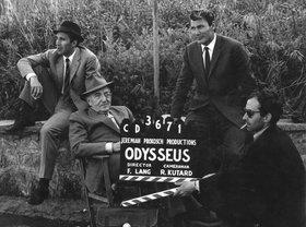 Mepris le 1963 009 production shot jack palance fritz lang jean luc godard clapperboard michel piccoli 00m v7p article