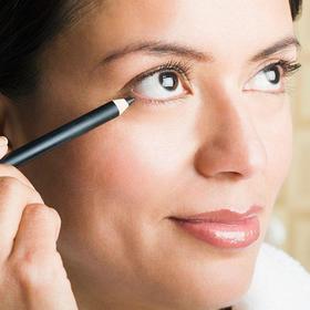 Eyeliner article