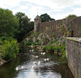Cahir castle  county tipperary article