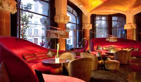 Striking hotel bars in europe article