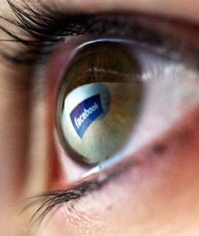 549e21a607176   confessions of a facebook stalker 3 lg article