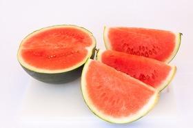Watermelon 833198 640 article