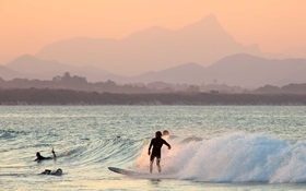 Surf1015 byron bay article