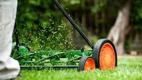 Lawnmowing article