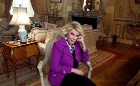 T joan rivers auction preview article