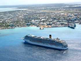 Cayman islands  cruise ship credit  patrick gorham  cayman islands department of tourism article