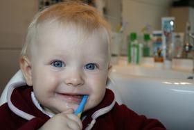 Brushing teeth 787630 1280 article