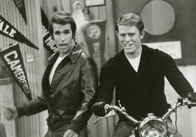 Happy days motorcycle richie fonzie 1977 article