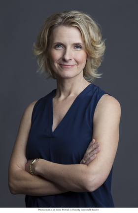 Elizabeth gilbert portrait    official author photo. %28c%29 timothy greenfield sanders article