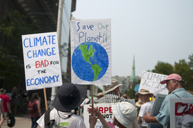 Climatechange rally toronto  article