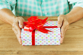 Meaningful christmas gifts for seniors with medical issues article