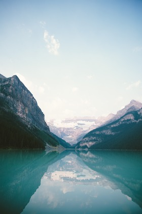 Mountain lake 918800 1920 article