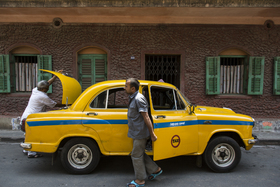 Yellow taxi uk 4334 article