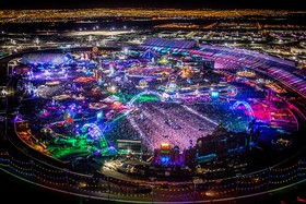 Edc 2015 2 photo credit alive coverage for insomniac article