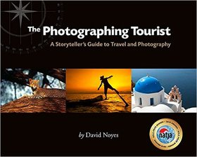 The photographing tourist article