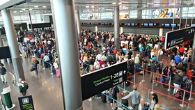 Dublin airport check in article