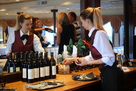 Dinner service onboard s.s. legacy %c2%a92016 karin leperi article