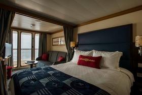 Disney wonder cruise ship verandah room article
