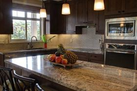 Kitchen decorating ideas article