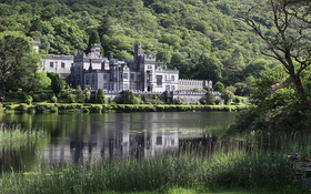 Resized kylemore abbey article