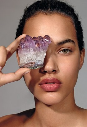 Spiritual beauty article