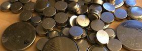 Button batteries 1170x425 article