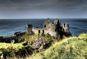 Dunluce castle  article