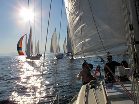 Sailing in pnw by kristen gill photography 2 article