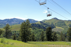 Hike deer valley article