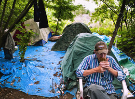Homeless article