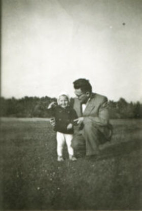 Shutterstock father and child vintage 83765671 202x300 article
