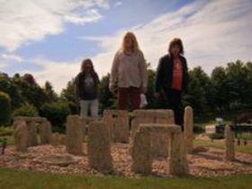 Stonehenge article