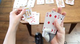 3d thumb playing cards article