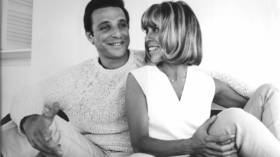 Barry mann and cynthia weil  %281%29 article