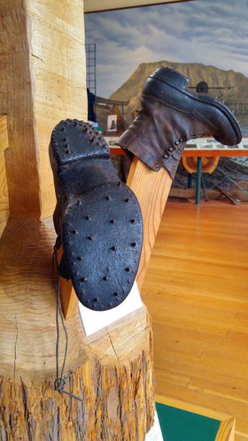 Loggers boots 01 12x by charlebois article