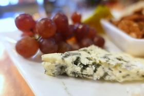 Blue cheese %c2%a92017 karin leperi article