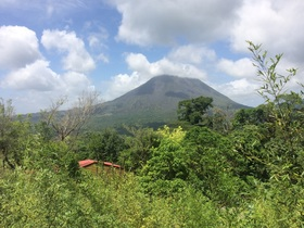 Taw arenal volcano article