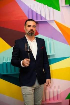 5bm pg4 rioja wine federico lleonart global wine ambassador spain  argent article