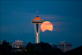 Space needle   moon article