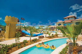 Beaches turks   caicos kids in pool article