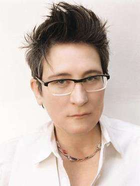 Kd lang headshot 330 article