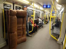 Ian couch berlin ubahn 2 article