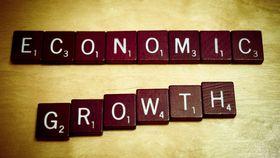 Economic growth financial crash article