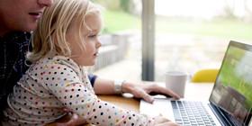 O girl computer facebook article