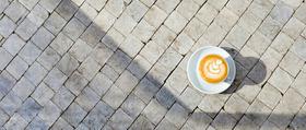 Kafe karlin lead article