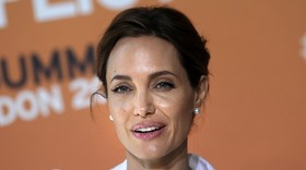 W angelinajolie 082814 article